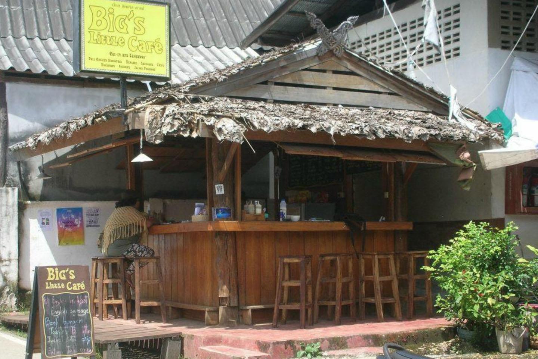 Big's Little Cafe, Pai