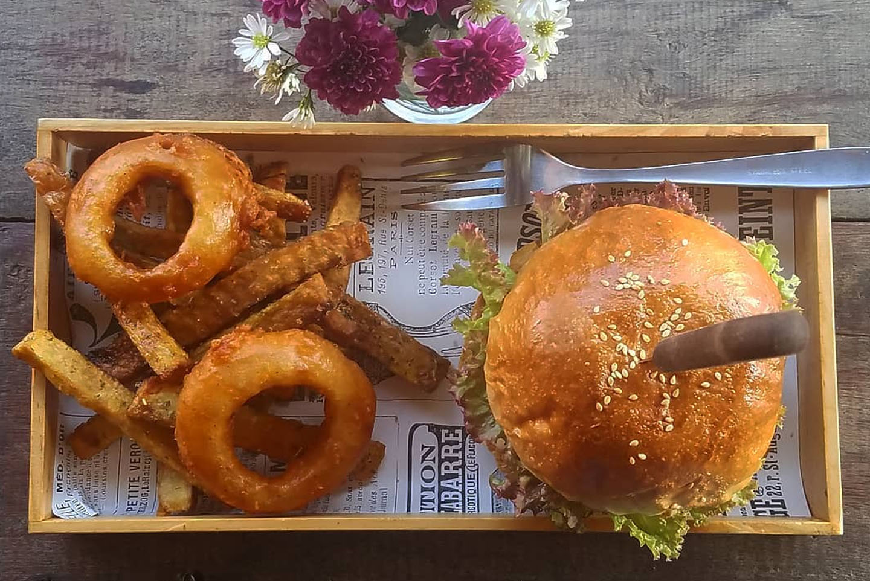 Boom's Burger Pai